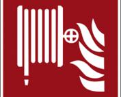 Hinweisschild mit Brandschutzzeichen F002 Löschschlauch nachleuchtend