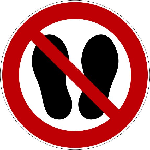 Verbotszeichen P024 Betreten der Fläche verboten selbstklebend