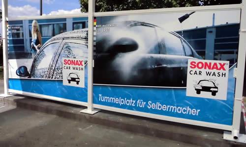 Bannerfolierung für Autowaschanlage